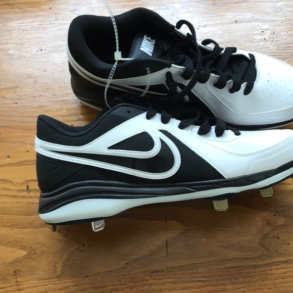 Nike Other - Nike Baseball Cleats Size 10 Men 0438